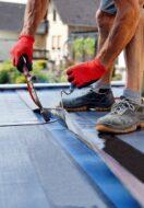 Czym zadaszyć dach płaski?
